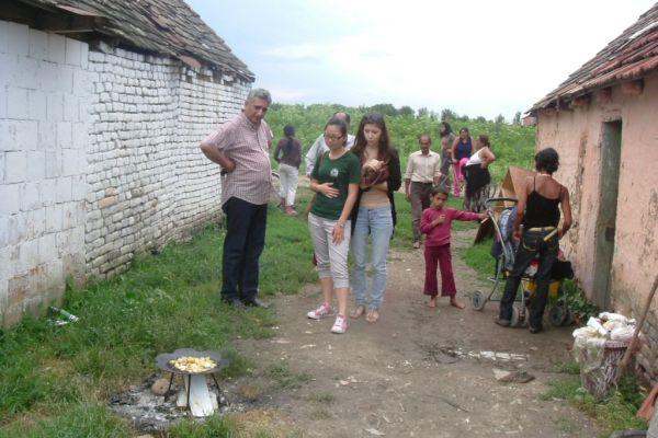 romsko-naselje-44D9D31A6-97B2-462A-DBC0-E9F57344F040.jpg